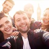 Kādu rakstura iezīmi tu visvairāk novērtē draugu lokā?